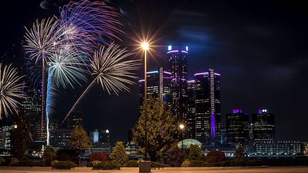 downtown-mysterious-fireworks